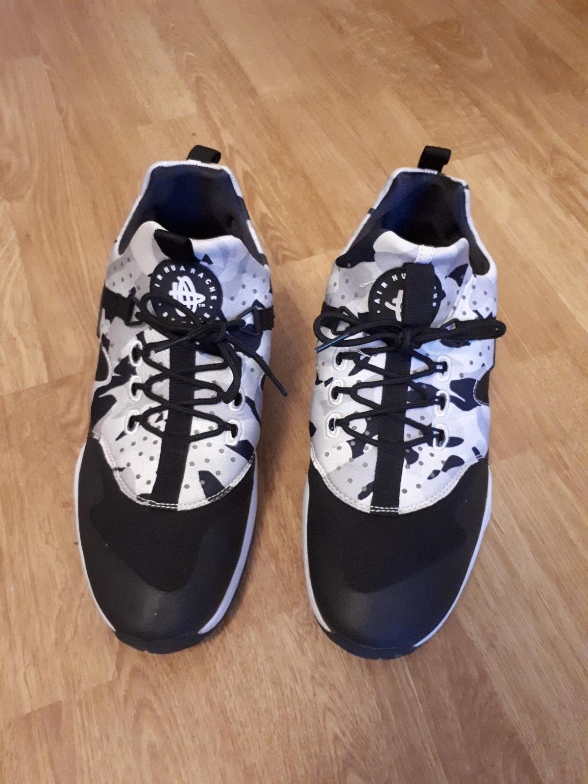 3870c805ee1ab Nike Air Huarache camo in 20359 St. Pauli for €60.00 for sale - Shpock