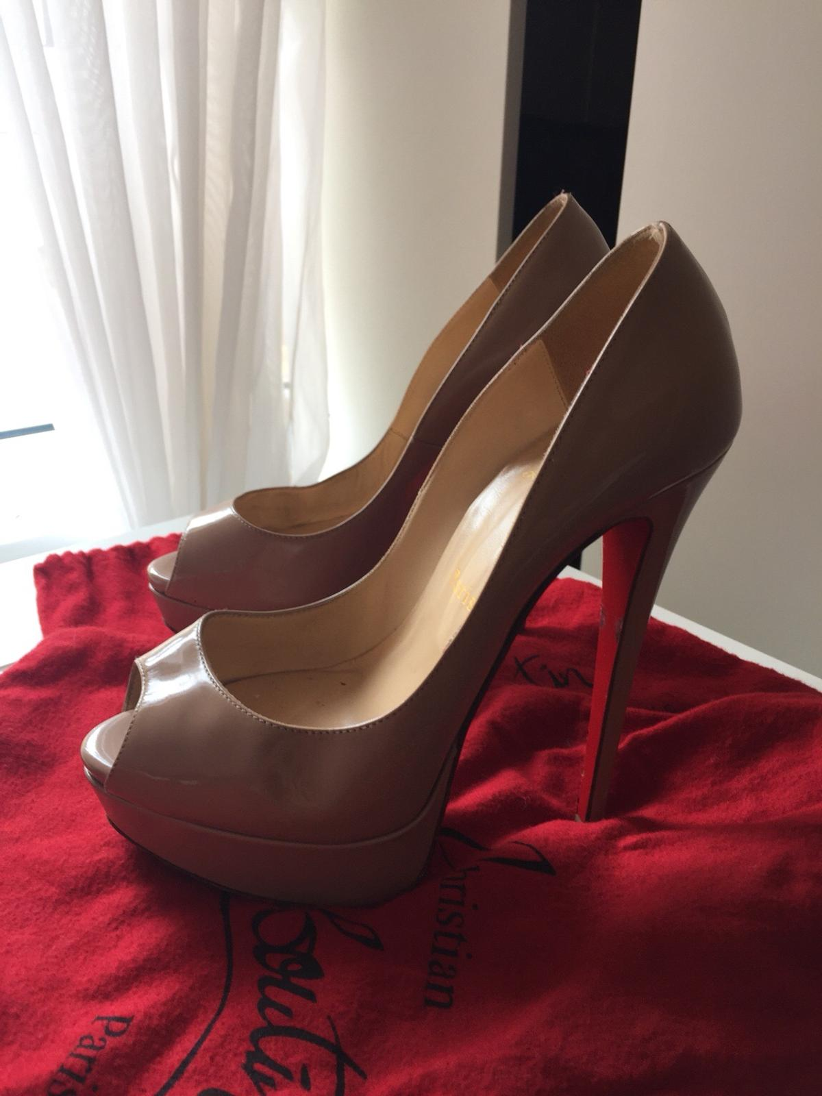 uk store presenting new arrival louboutin sky high heels nude in W1T Westminster für 100,00 £ zum ...
