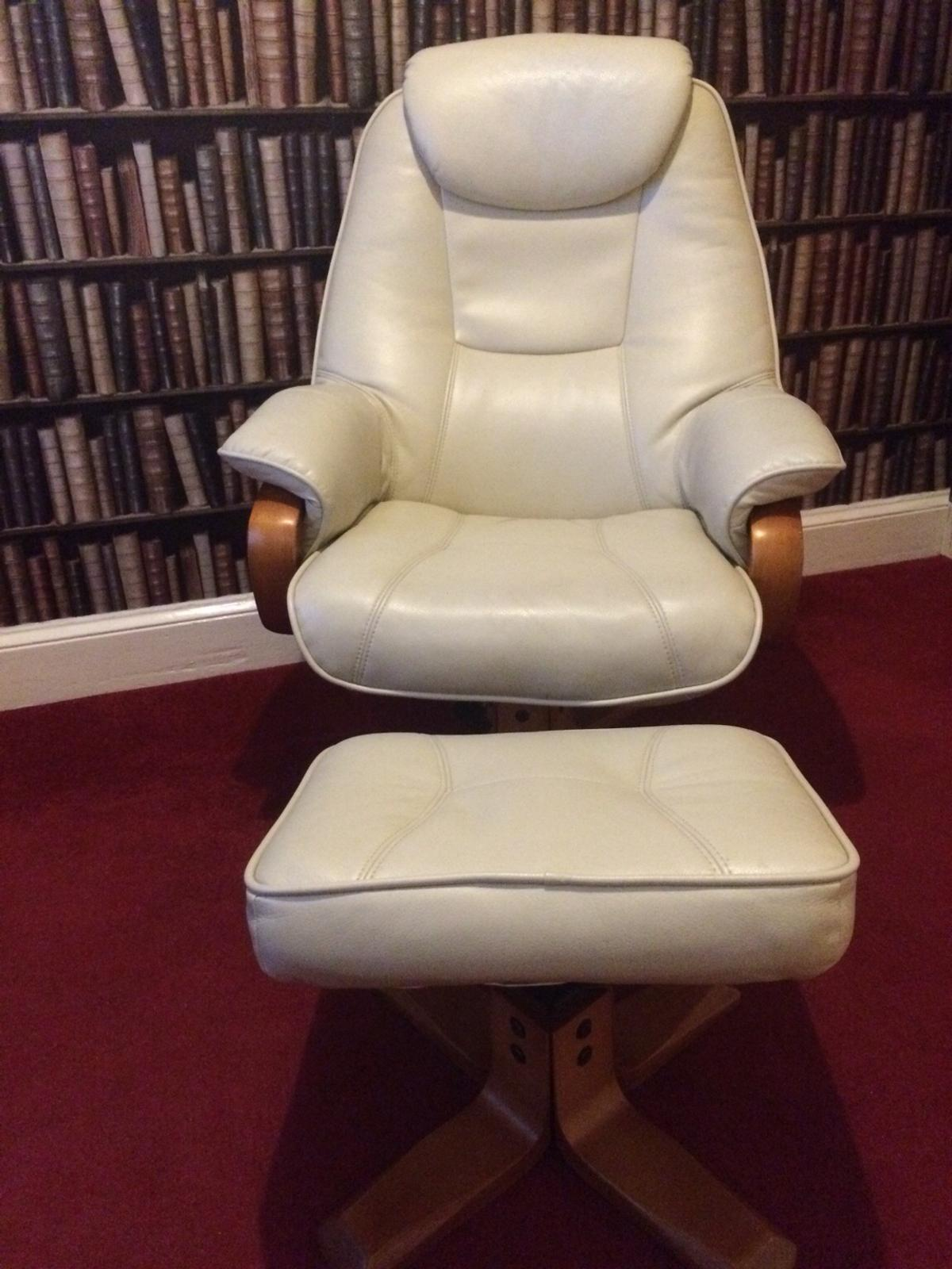 Picture of: Reduced Leather Reclining Chair Footstool In Sr2 Sunderland For 65 00 For Sale Shpock
