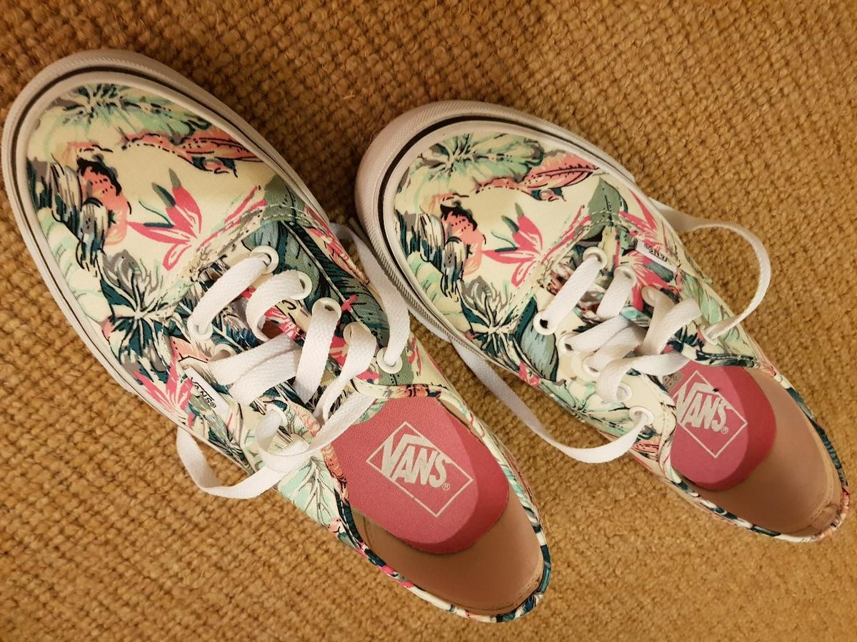 ef36f37f040e82 Ladies vans shoes floral UK 6 in B72 Birmingham for £20.00 for sale ...