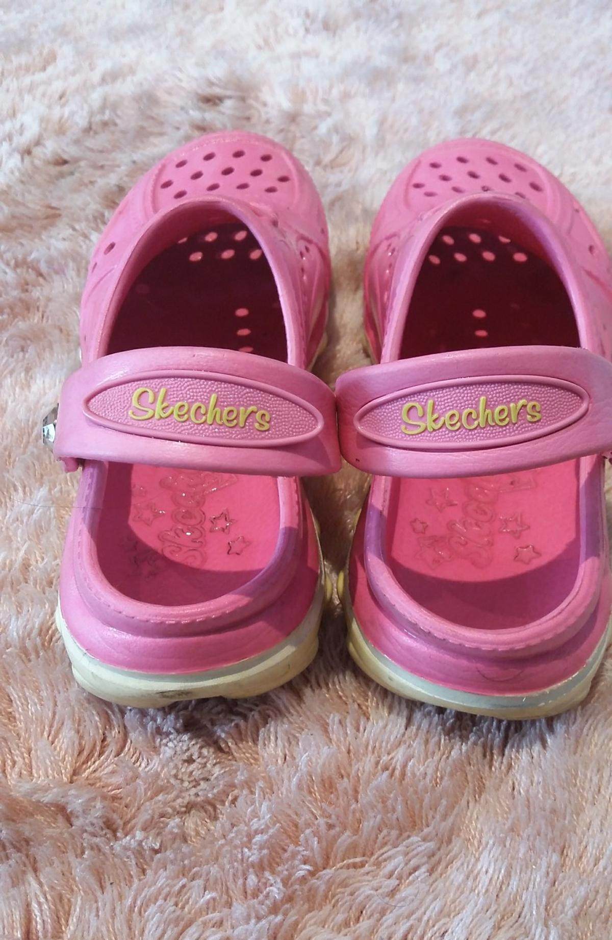 new product 1bb2b aedea Skechers kinder Hausschuhe in 4020 Linz for €8.00 for sale ...