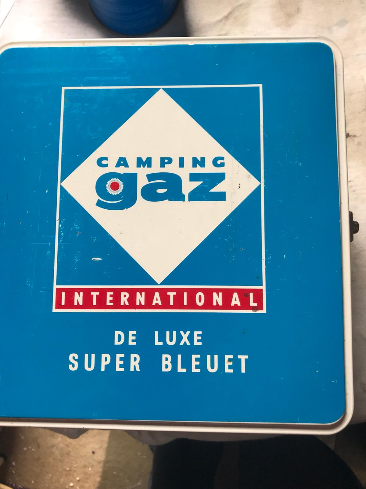 Vintage camping gaz bleuet with 6 spare gas in WS10 Sandwell
