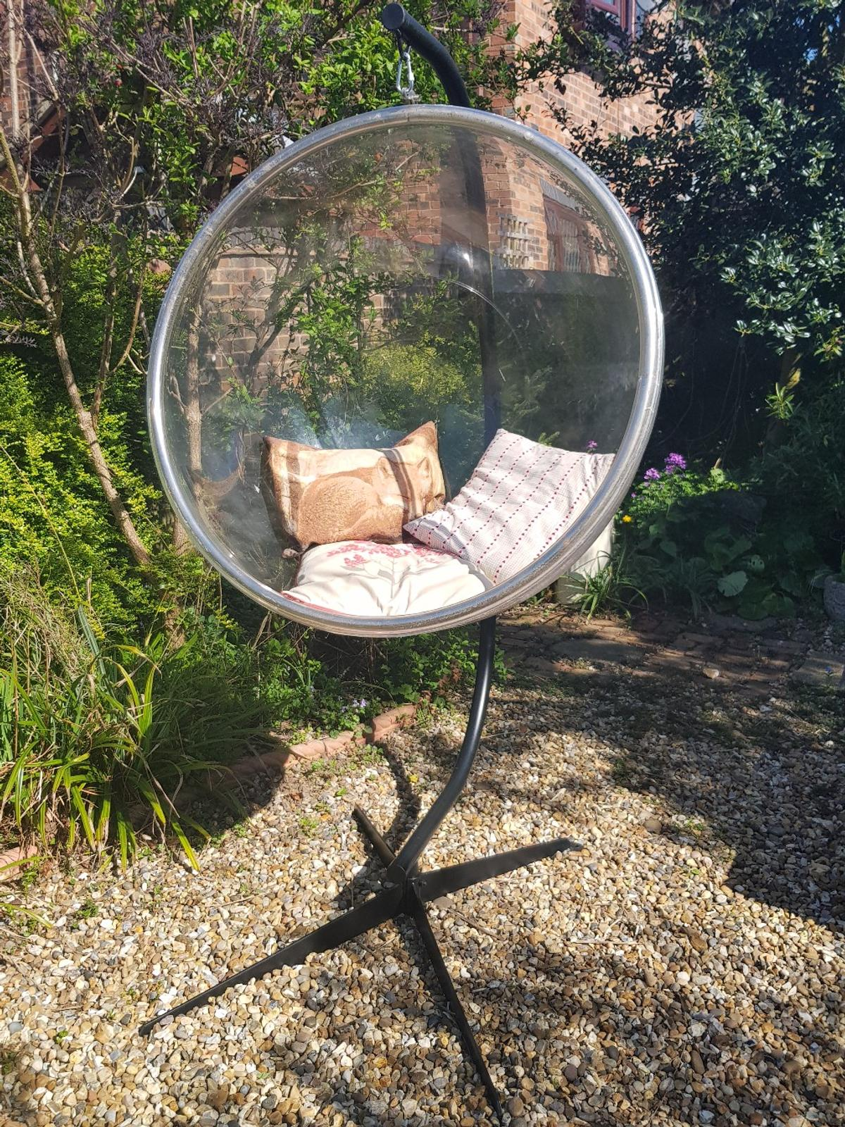 Picture of: Outdoor Modern Feature Hanging Bubble Chair In Wd25 Watford For 200 00 For Sale Shpock