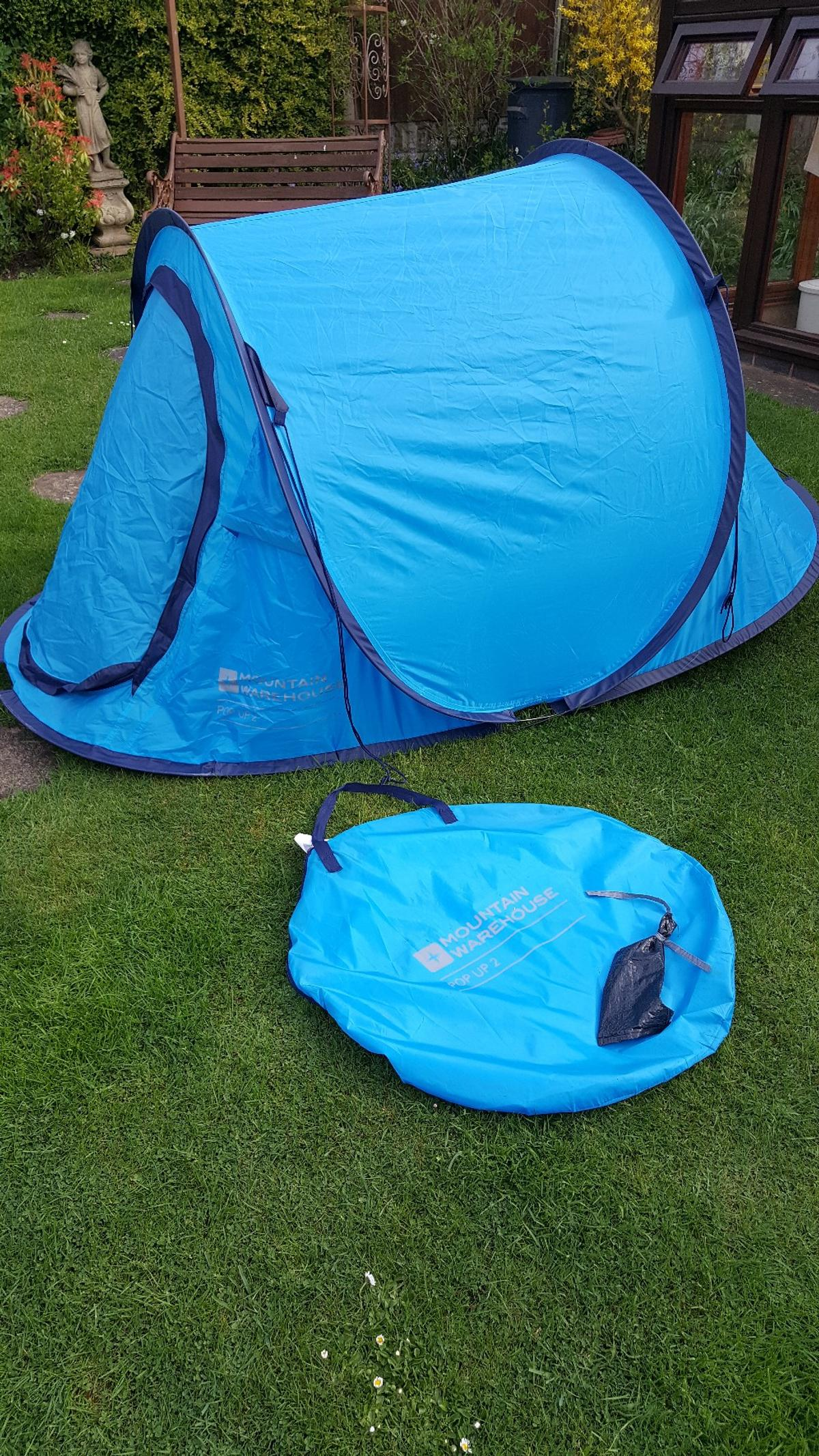 hot sale online e53fe 94bdc Pop Up tent 2 person, mountain warehouse in Dudley for ...
