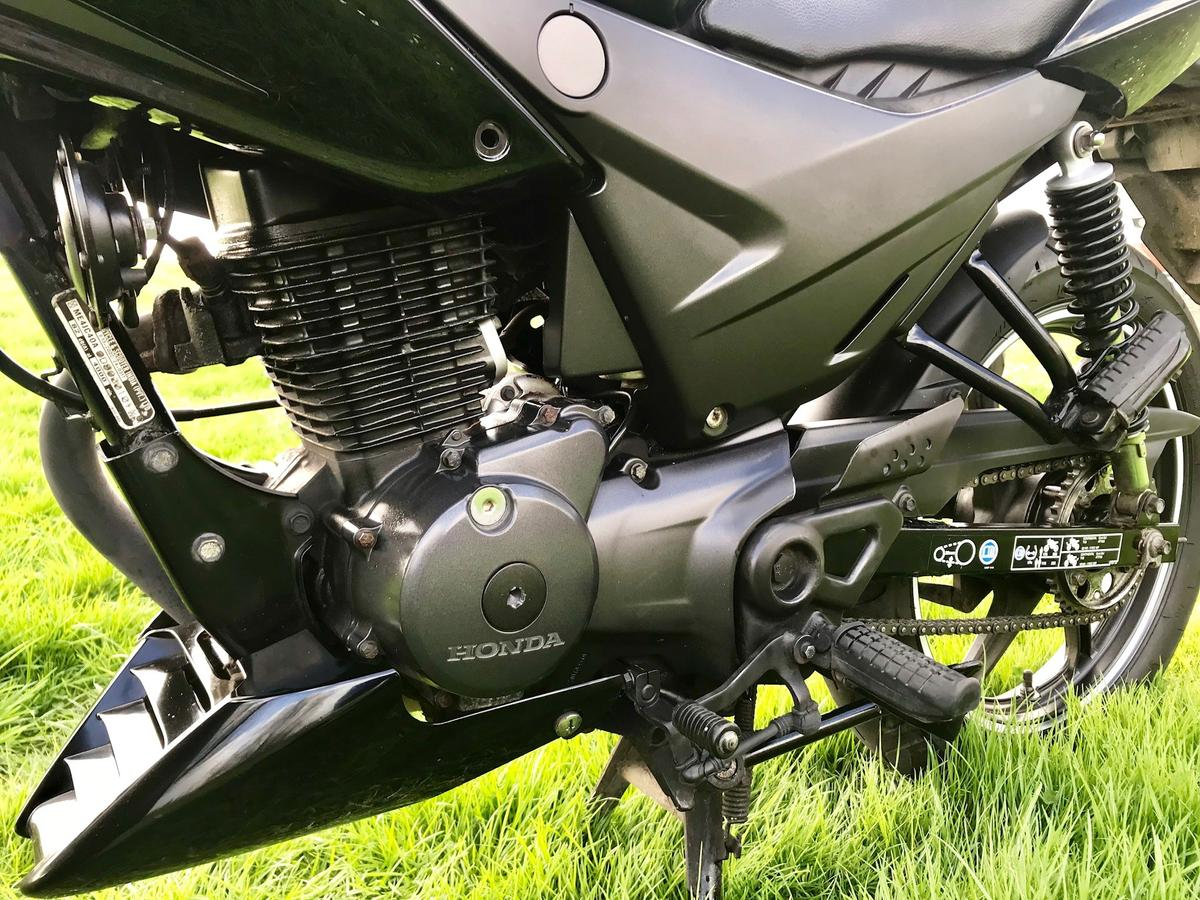 Honda PCX 125 150 Carbon Effect Exhaust Muffler Protector Cover 2009-15