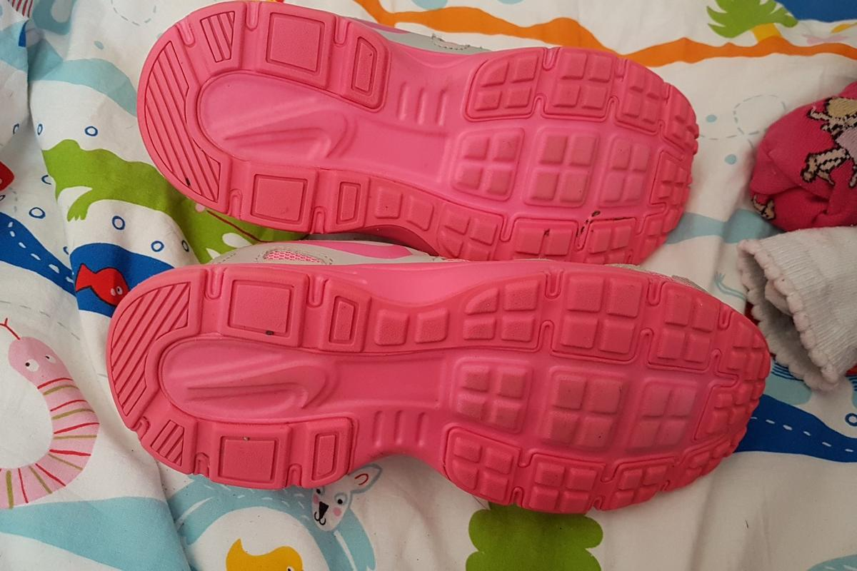 Nike schuhe kinder in 67547 Worms for €10.00 for sale   Shpock