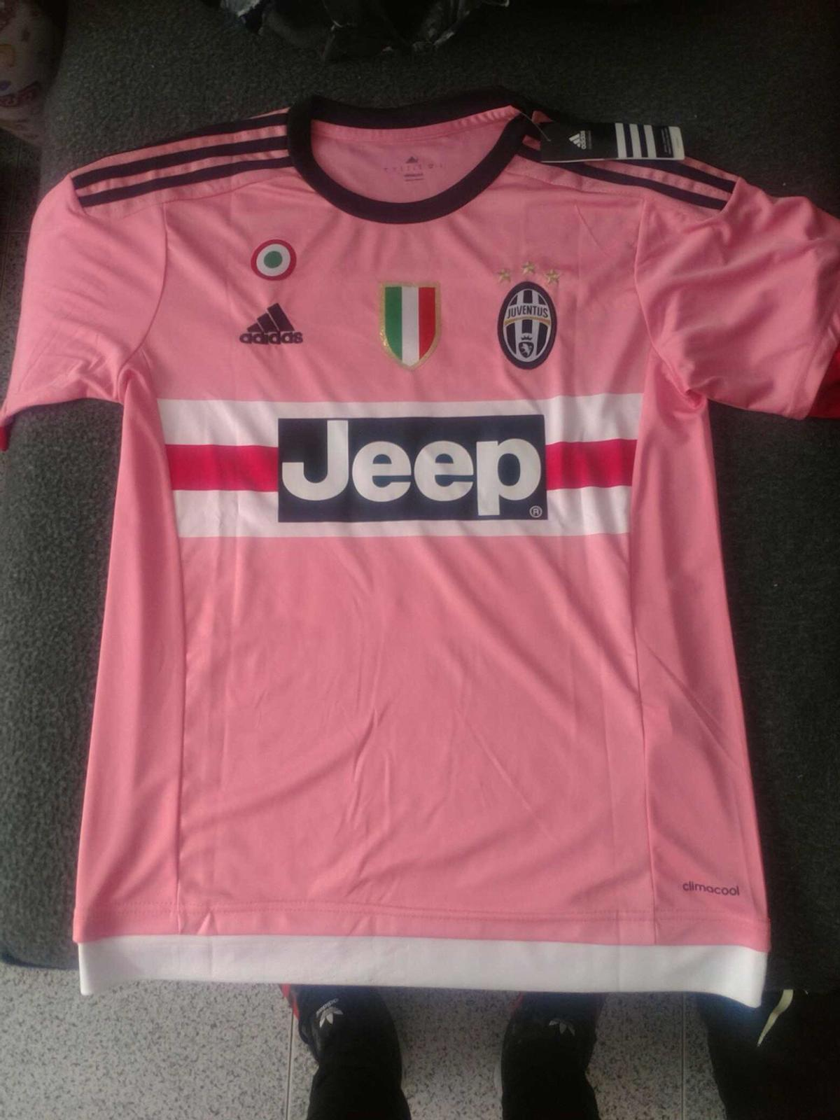 87743c62f82 Juventus Away Kit 2015 16 Pink in NN1 Northampton für 30