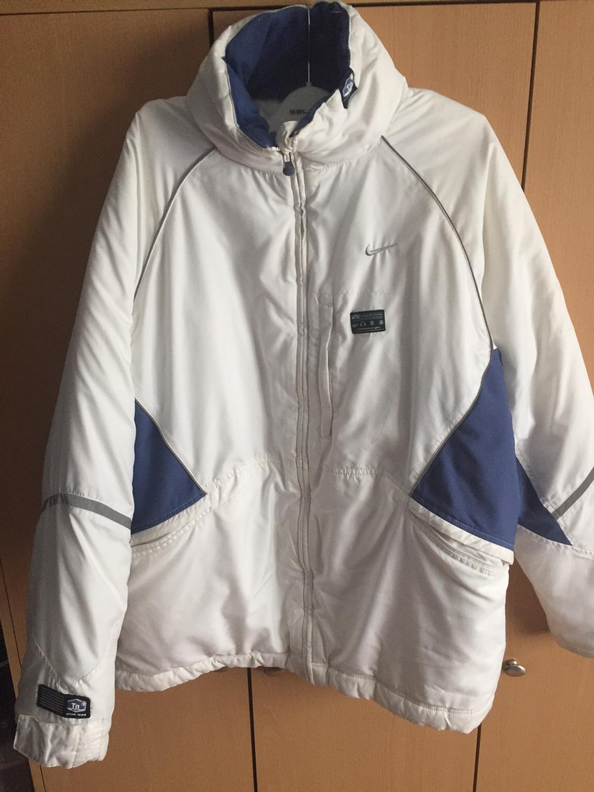 Vintage Nike puffer jacket in CF Cardiff for £25.00 for sale