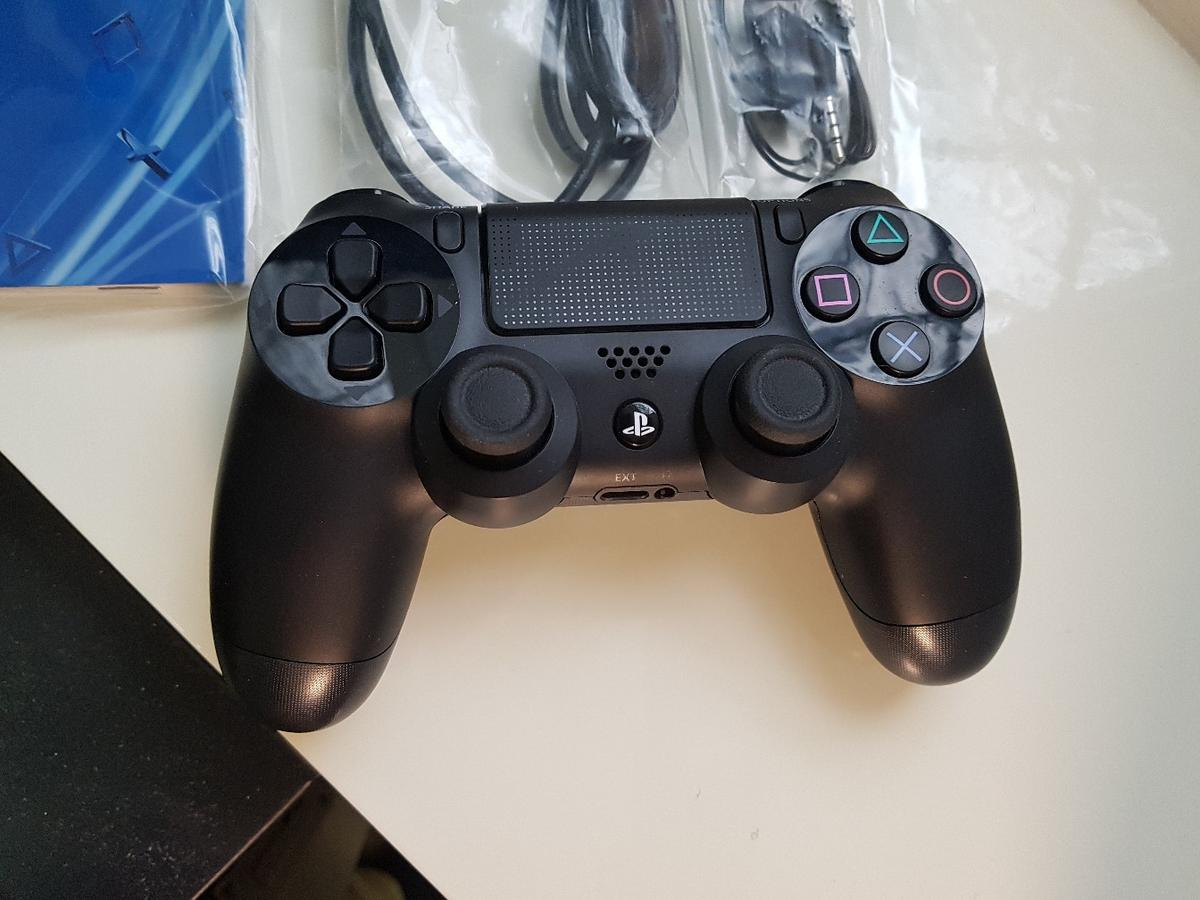 PS4 4 55 Boxed - Mint Condition in MK40 Bedford for £250 00 for sale