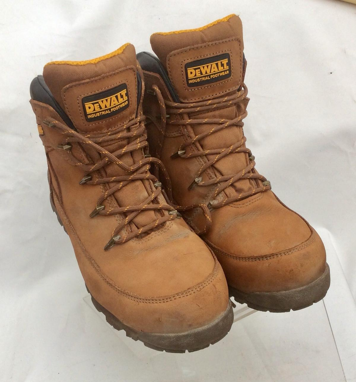60d0a10a7c9 Dewalt Safety Boots Size 10 UK in UB6 Ealing for £25.00 for sale ...