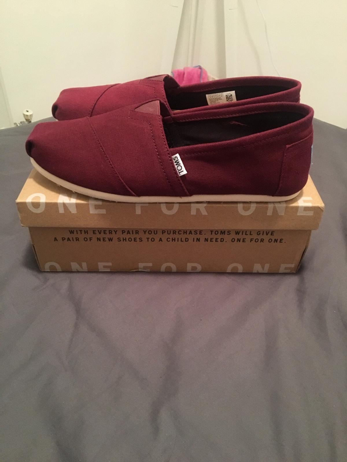 99251738c19b Toms - Size UK 9 in UB4 Ealing for £15.00 for sale - Shpock