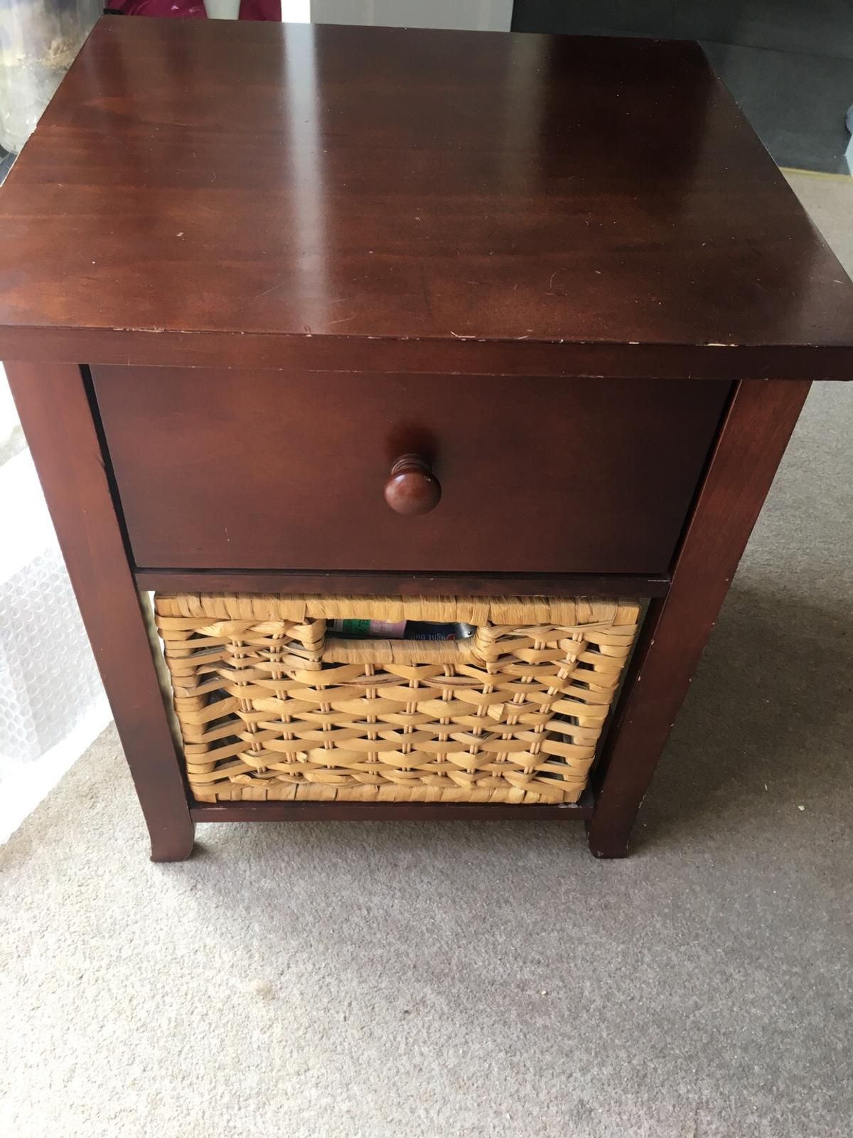 Lamp Table In Dudley For 5 00