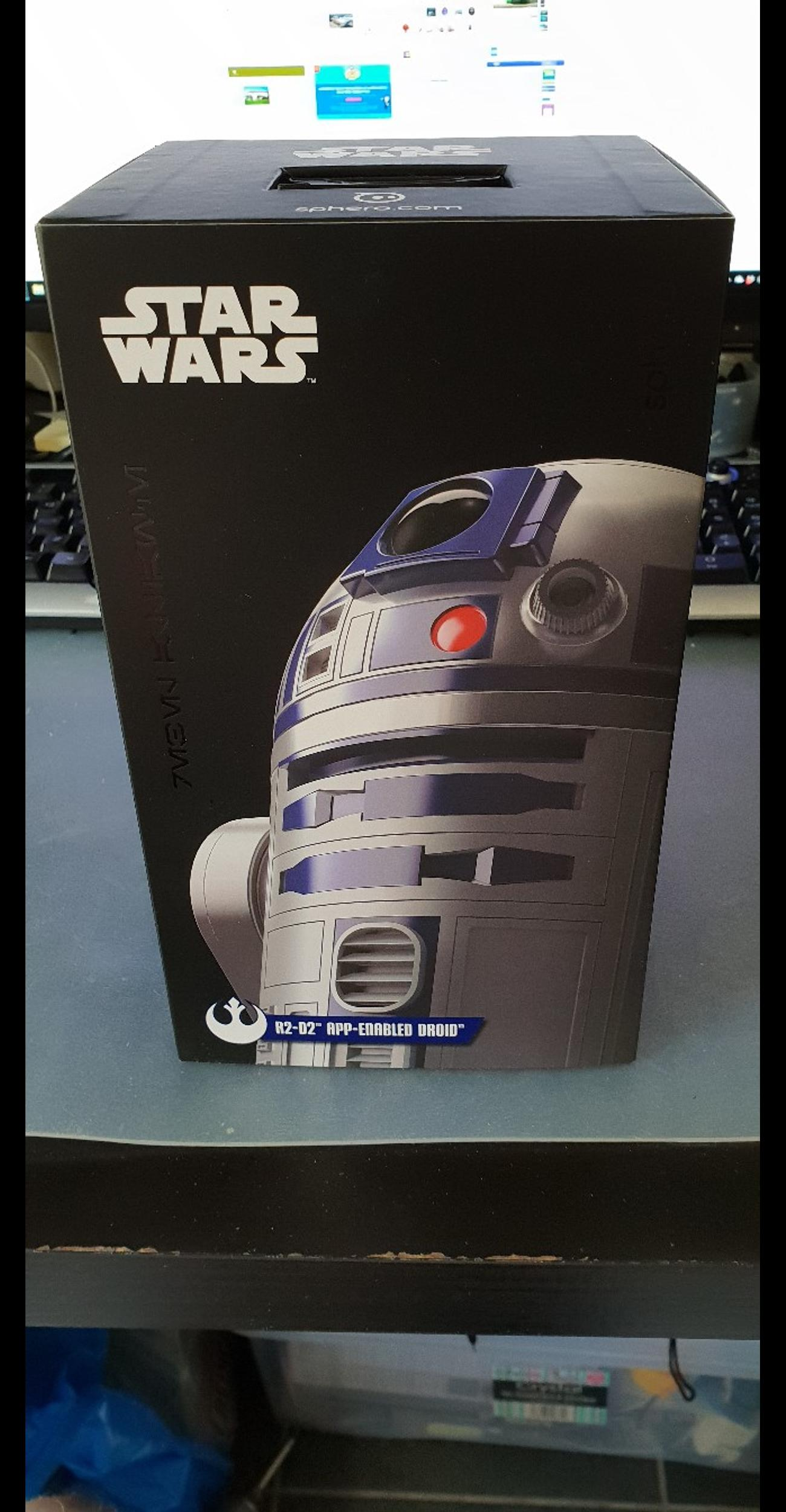Star wars R2D2 SPHERO ANDRIOD CONTROLLED ROB