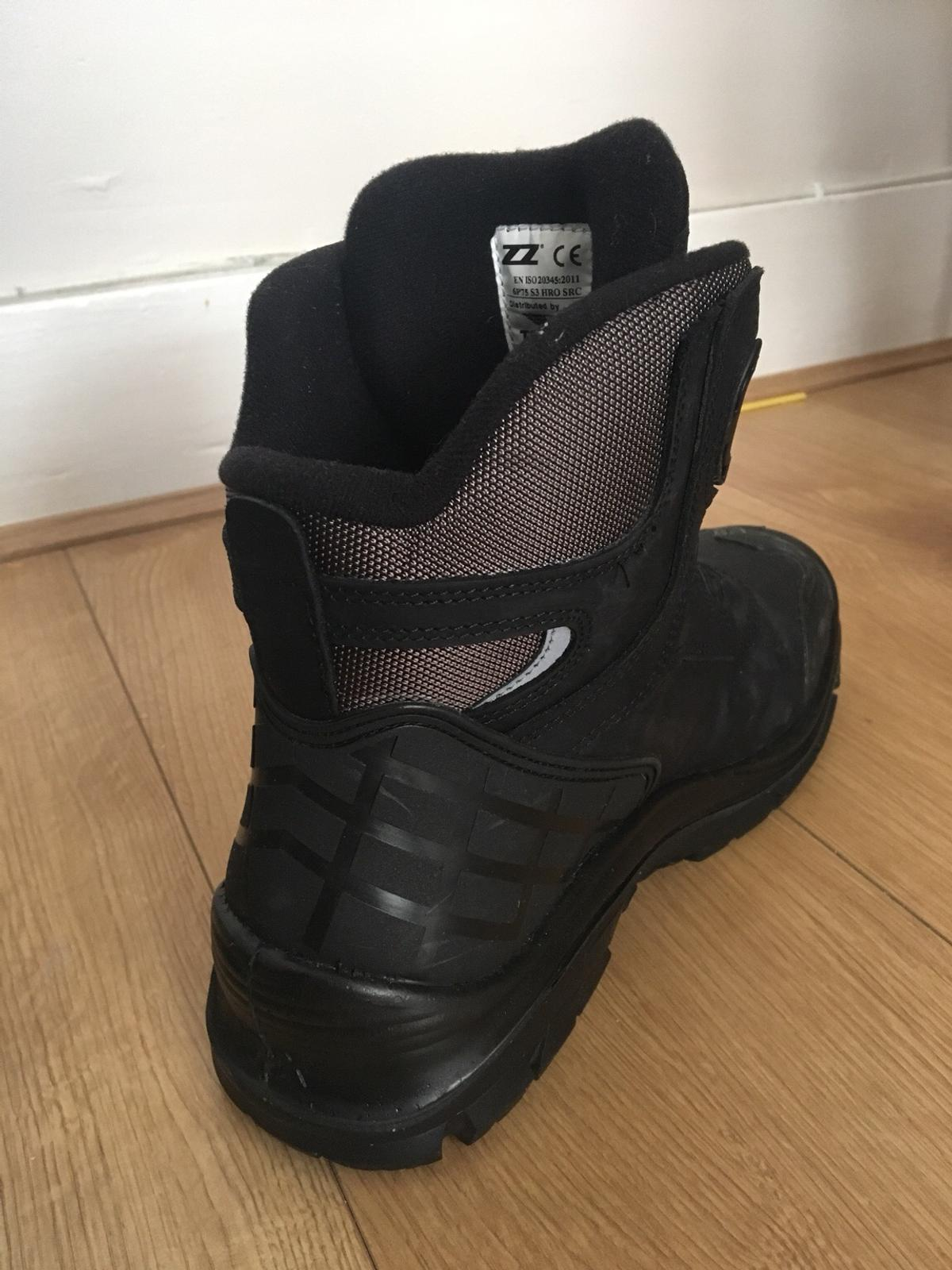 Trojan Minotaur S3 Safety Boots in IG1 London for £40.00 for