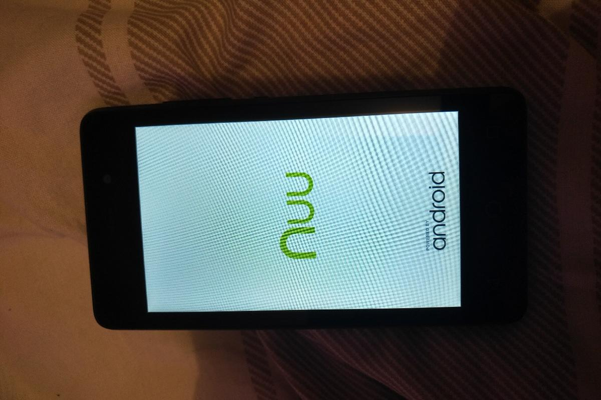 Nuu mobile A1 unlocked android smartphone in SS2-Sea für