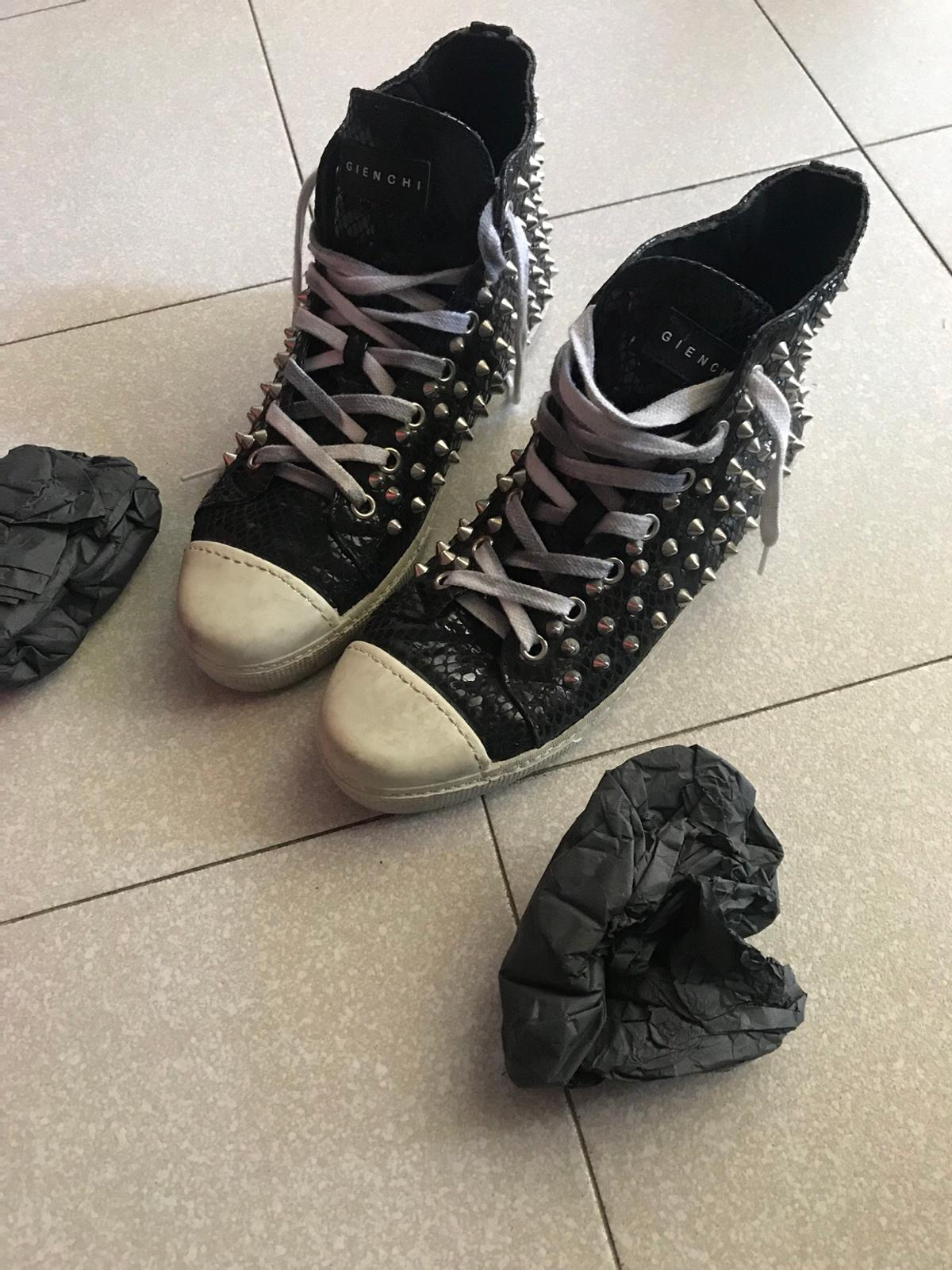 check out b3d27 391d5 Sneakers Gienchi in 20139 Milano for €130.00 for sale | Shpock