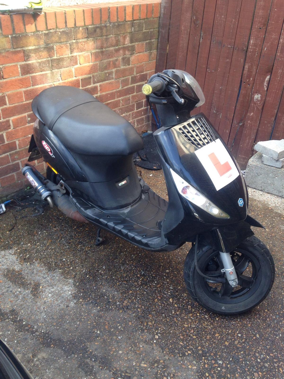 Piaggio zip 70cc in SE13 Lewisham for £750 00 for sale - Shpock