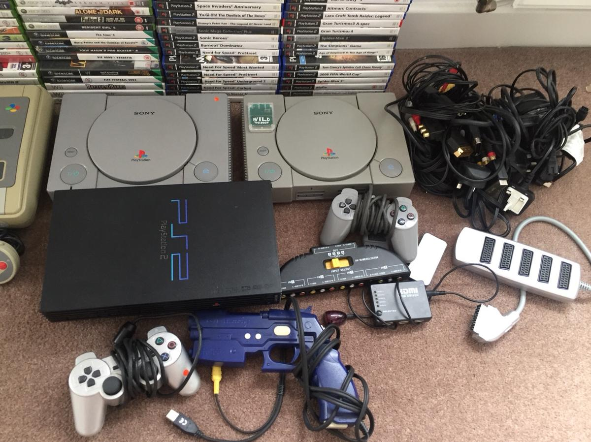 Gaming Joblot Nintendo Sega Xbox PS RESELL in LS27 Leeds for £400 00
