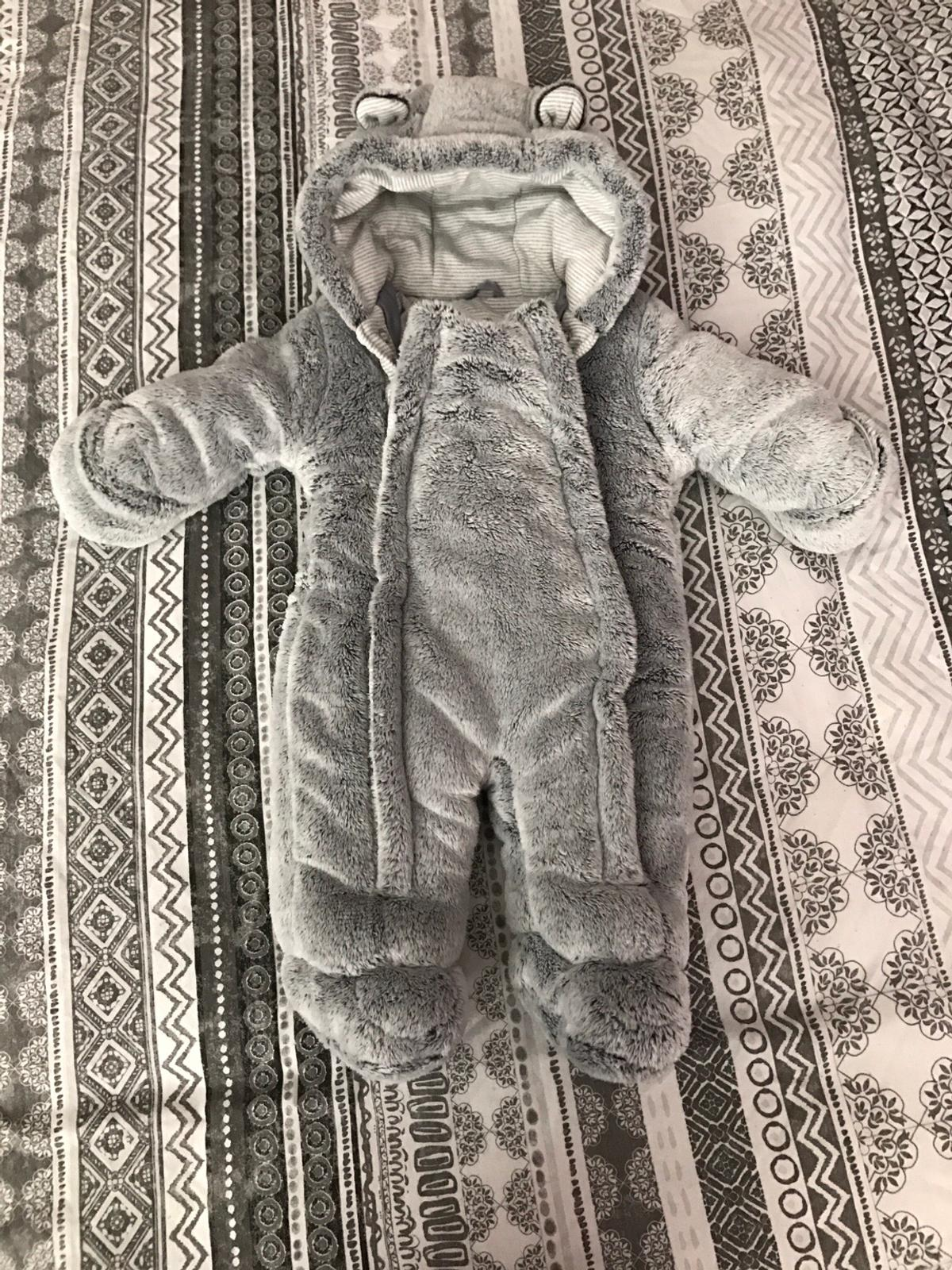 d8c858ff5 Baby boys snow suit in B90 Solihull for £4.00 for sale - Shpock