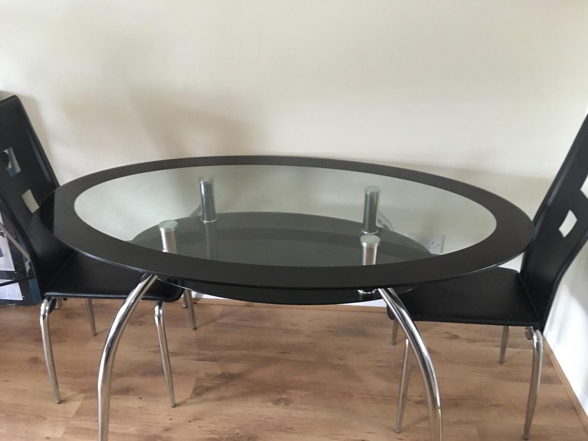 Oval Black Glass Dining Table And 4 Chairs In Ct9 Thanet For 40 00 For Sale Shpock