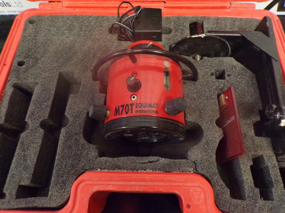 M70T EQUIMAT INTERNATIONAL LASER LEVEL, BOXED in RM17 Grays