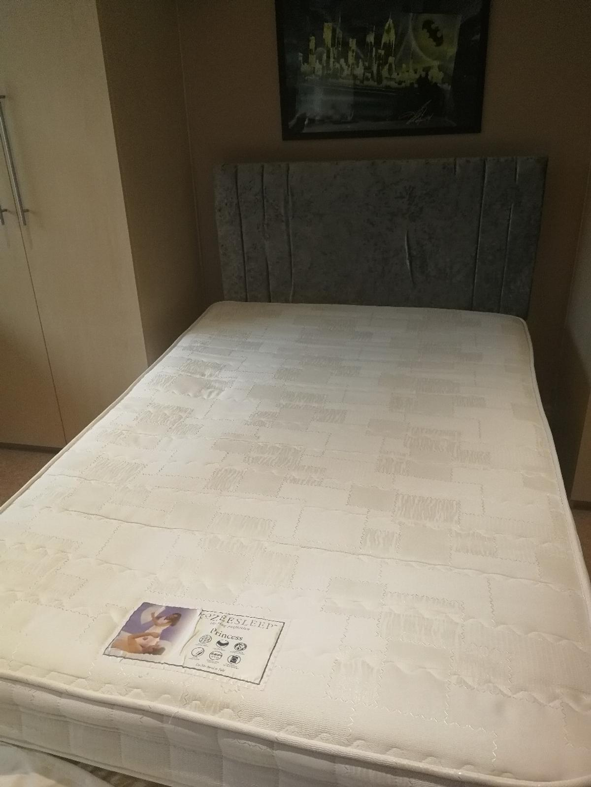 sale retailer a3d4b 898c7 Small double sized bed, mattress & headboard