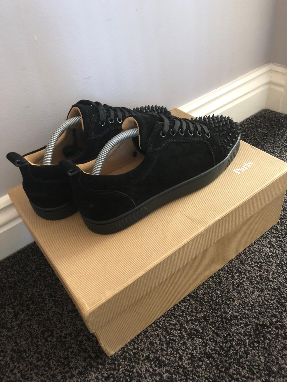online store 9ef30 35bb5 Christian Louboutin Low Suede Spikes Black in EC2 City of ...