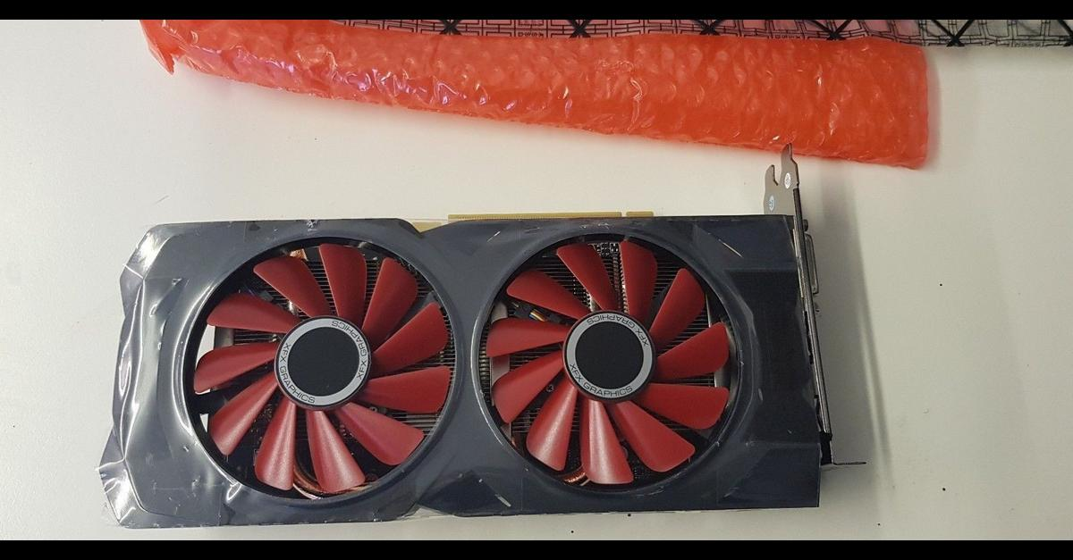 XFX AMD Radeon RX 570 RS 4GB GPU Graphics in WV6