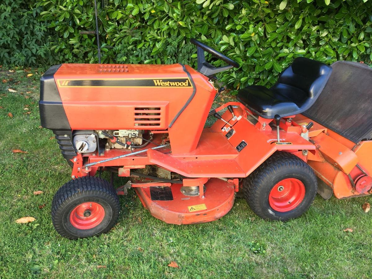 Westwood T1200 Ride On Lawn Mower In Me13 Swale For 485 00 For Sale