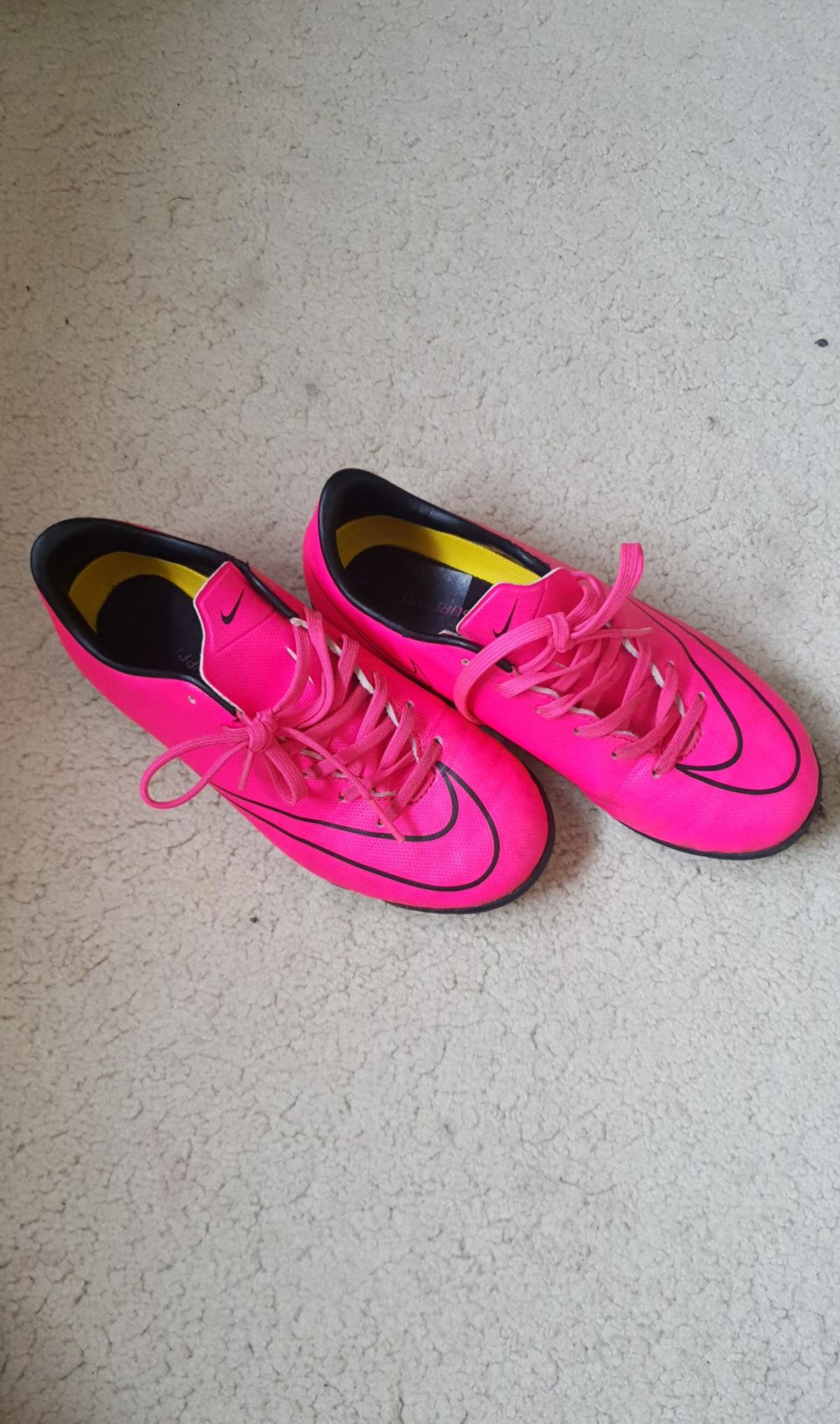 f3adda7379e409 Nike Football boots (astros) in SM6 Sutton for £10.00 for sale - Shpock