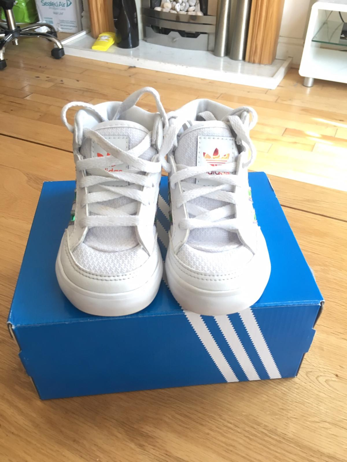 BABY TRAINERS ADIDAS GOLD FOIL HIGH TOP