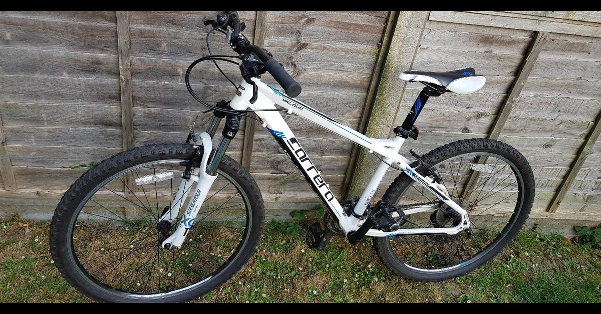 Carrera Valour Men's Mountain Bike 18'' in LU5 Regis for £140 00 for