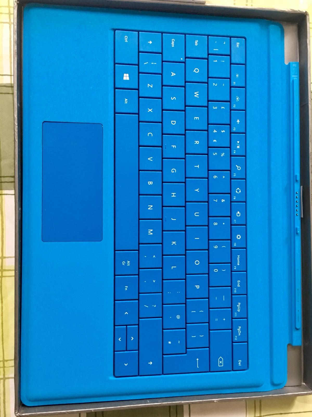 Microsoft Surface pro 3 keyboard in NW3 Camden for £35 00