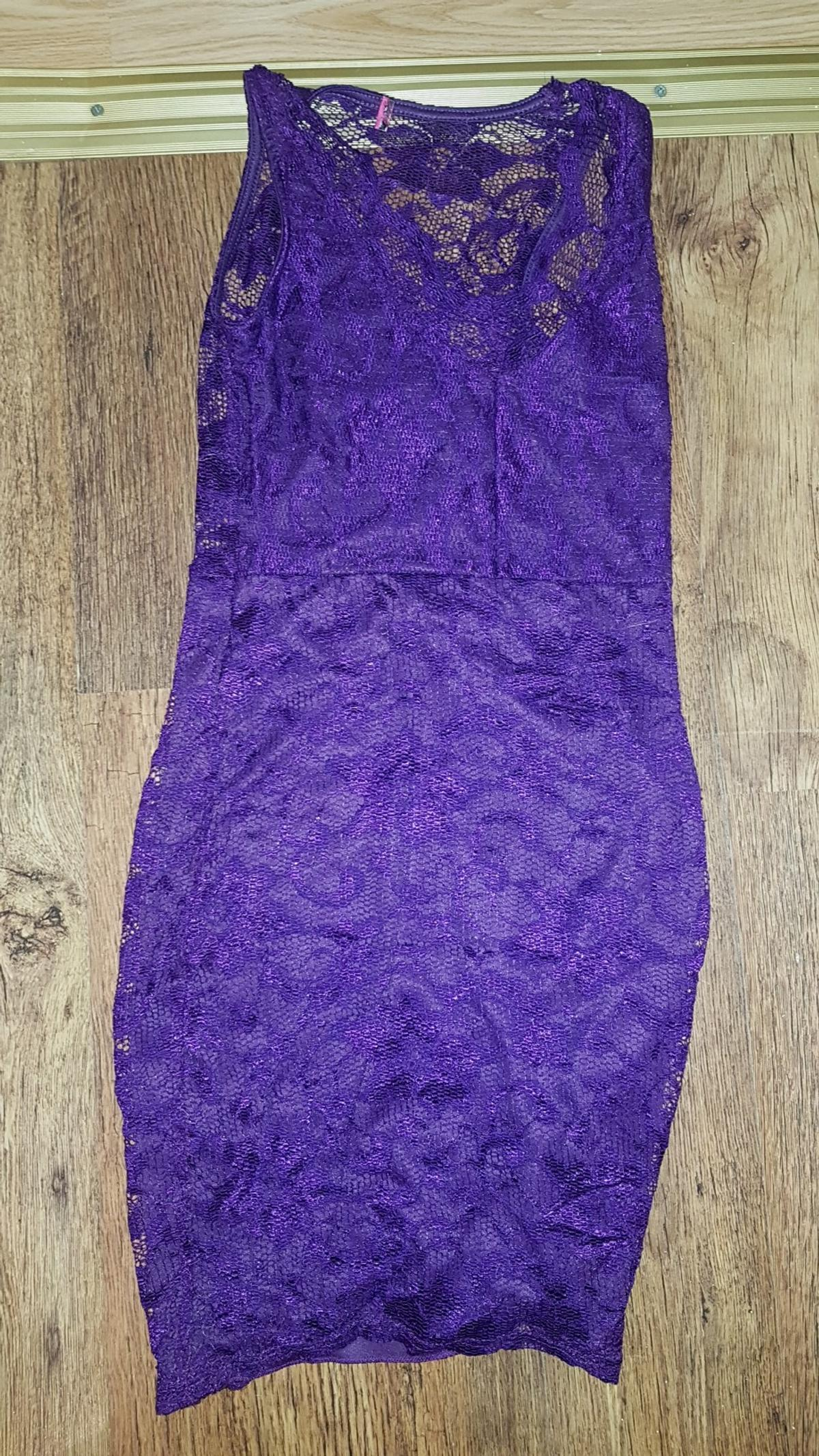 5d713866c8e94 boohoo purple vneck lace dress in E8 London for £10.00 for sale - Shpock