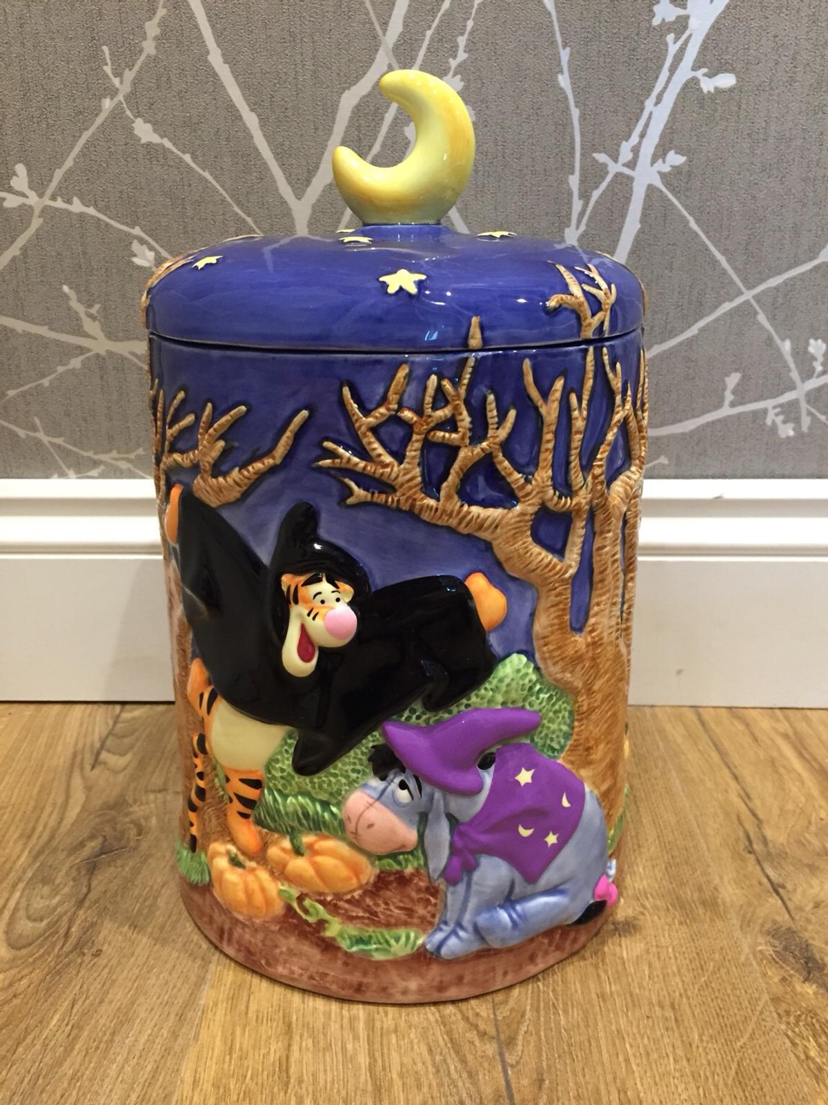 Winnie The Pooh Halloween Cookie Jar In Me5 Chatham For 20 00 For Sale Shpock