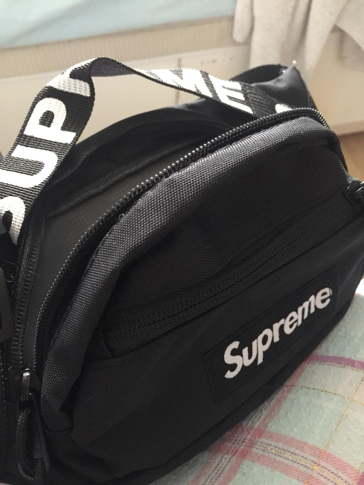 c9c38d7c0 Black replica waist bag - Supreme ss18 in W13 London Borough of ...
