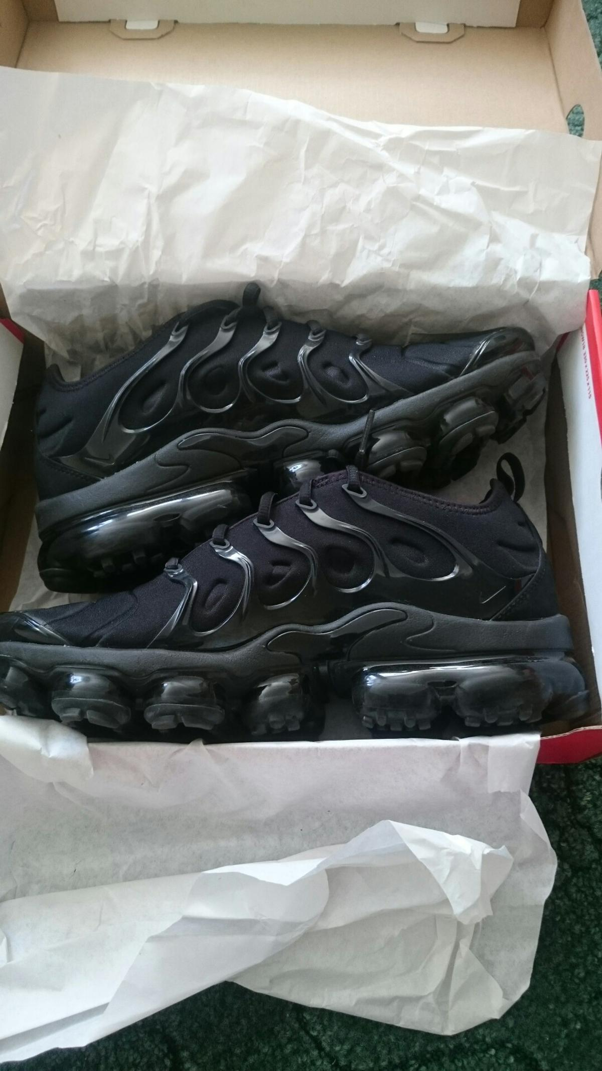 finest selection 10c2e aa00f NEW NIKE AIR VAPORMAX PLUS TRAINERS SIZE 8.5 in BD8 Bradford ...