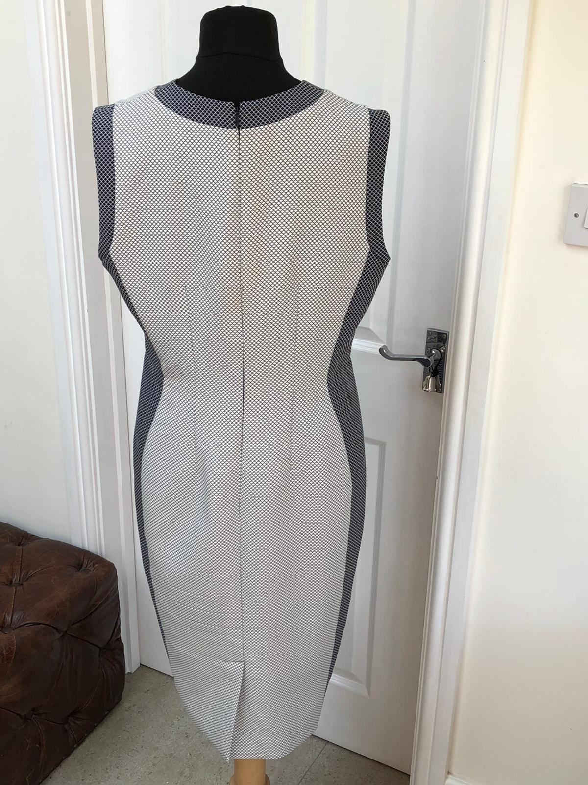 Austin Reed Size 14 Bodycon Wiggle Dress In Cf64 Penarth For 25 00 For Sale Shpock