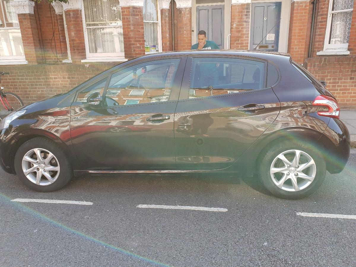 Peugeot 208 2013 In W12 London For 4 200 00 For Sale Shpock