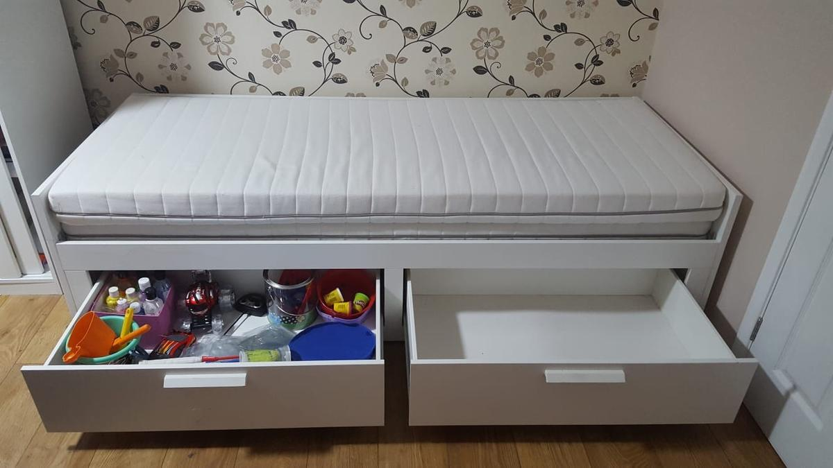 Ikea Brimnes Day Bed 2 Drawers 2 Mattress In Sl1 Slough For 200 00 For Sale Shpock