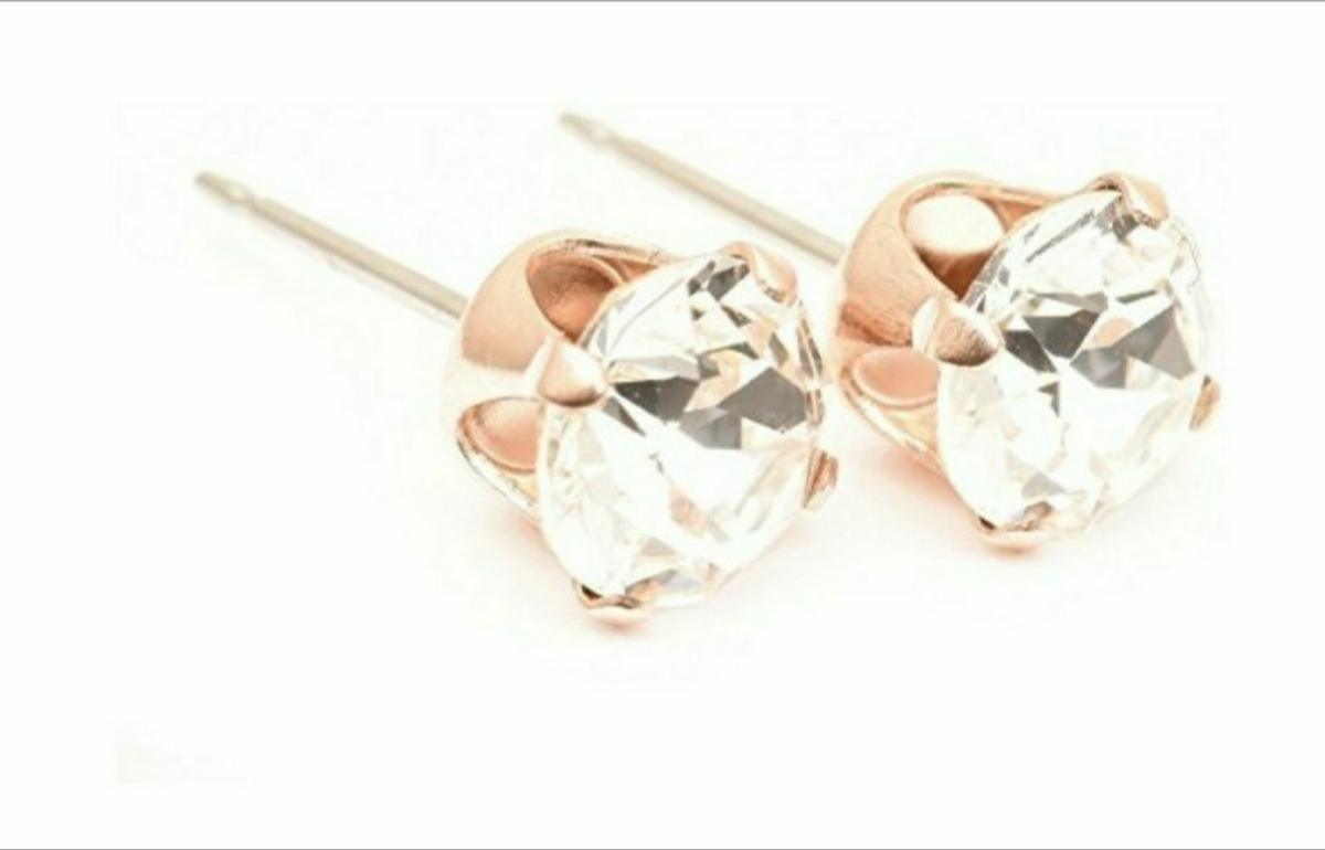 Rose gold stud earrings / swarovski crystal