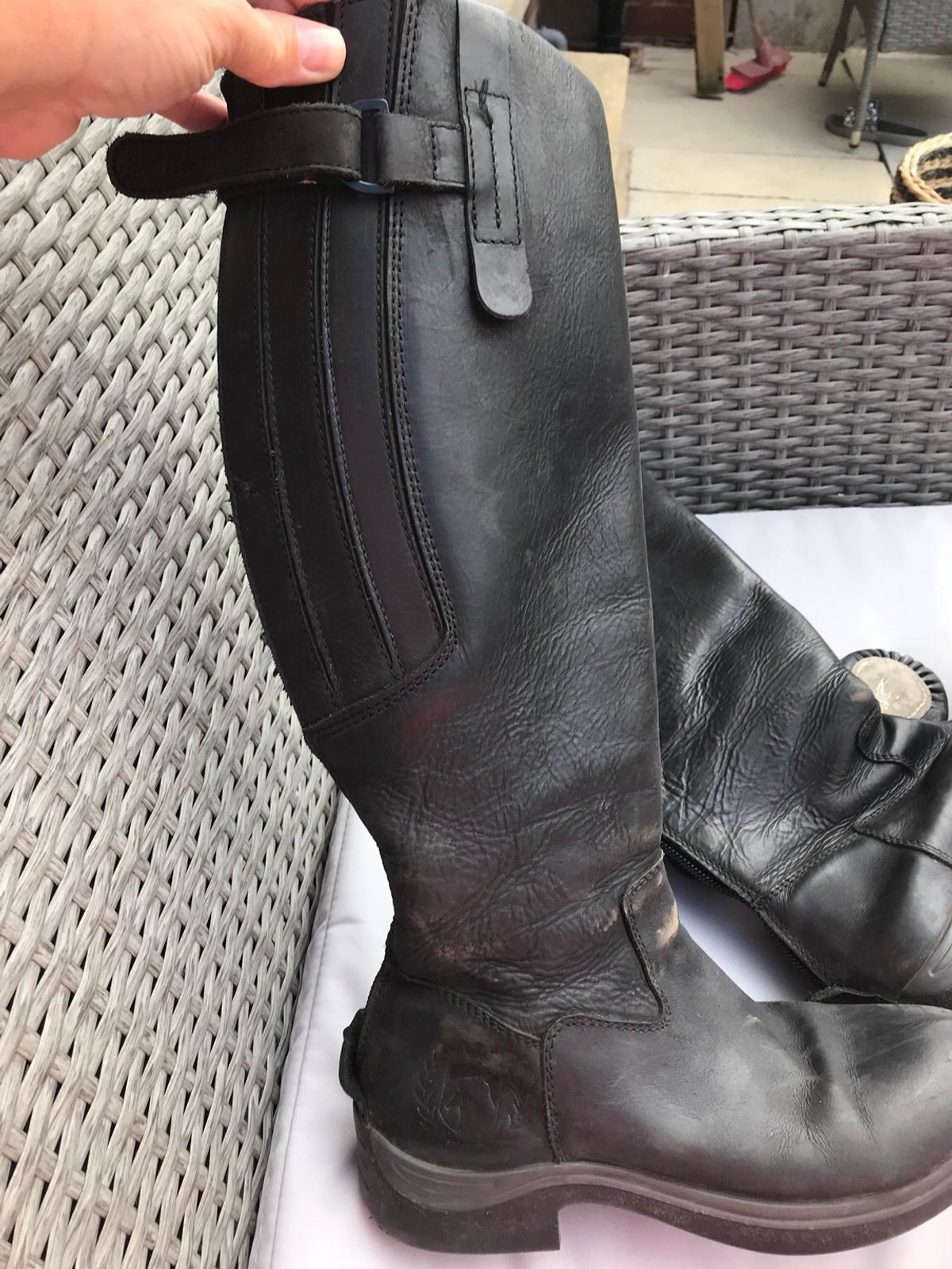 Horse riding boots size 5