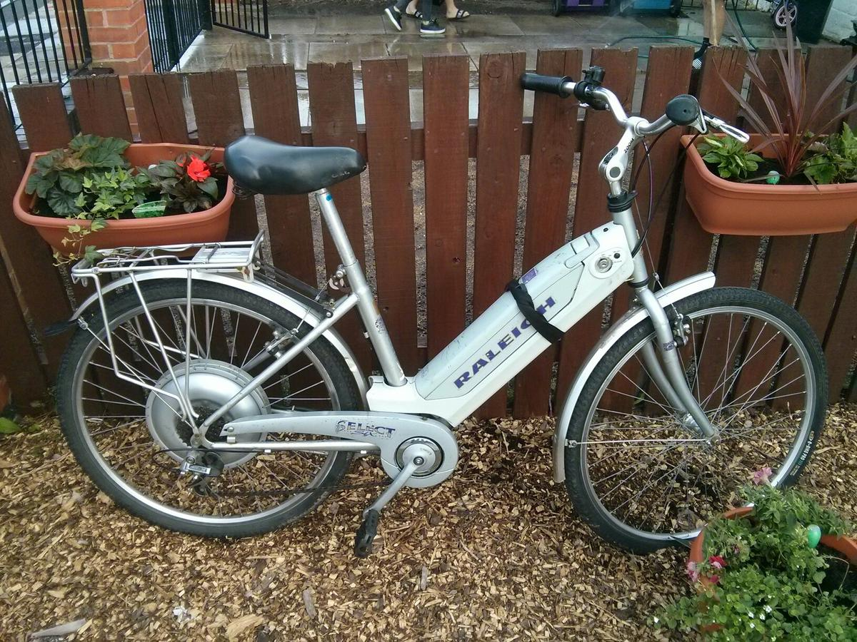 Raleigh select 6 ebike in L11 Liverpool for £250 00 for sale - Shpock