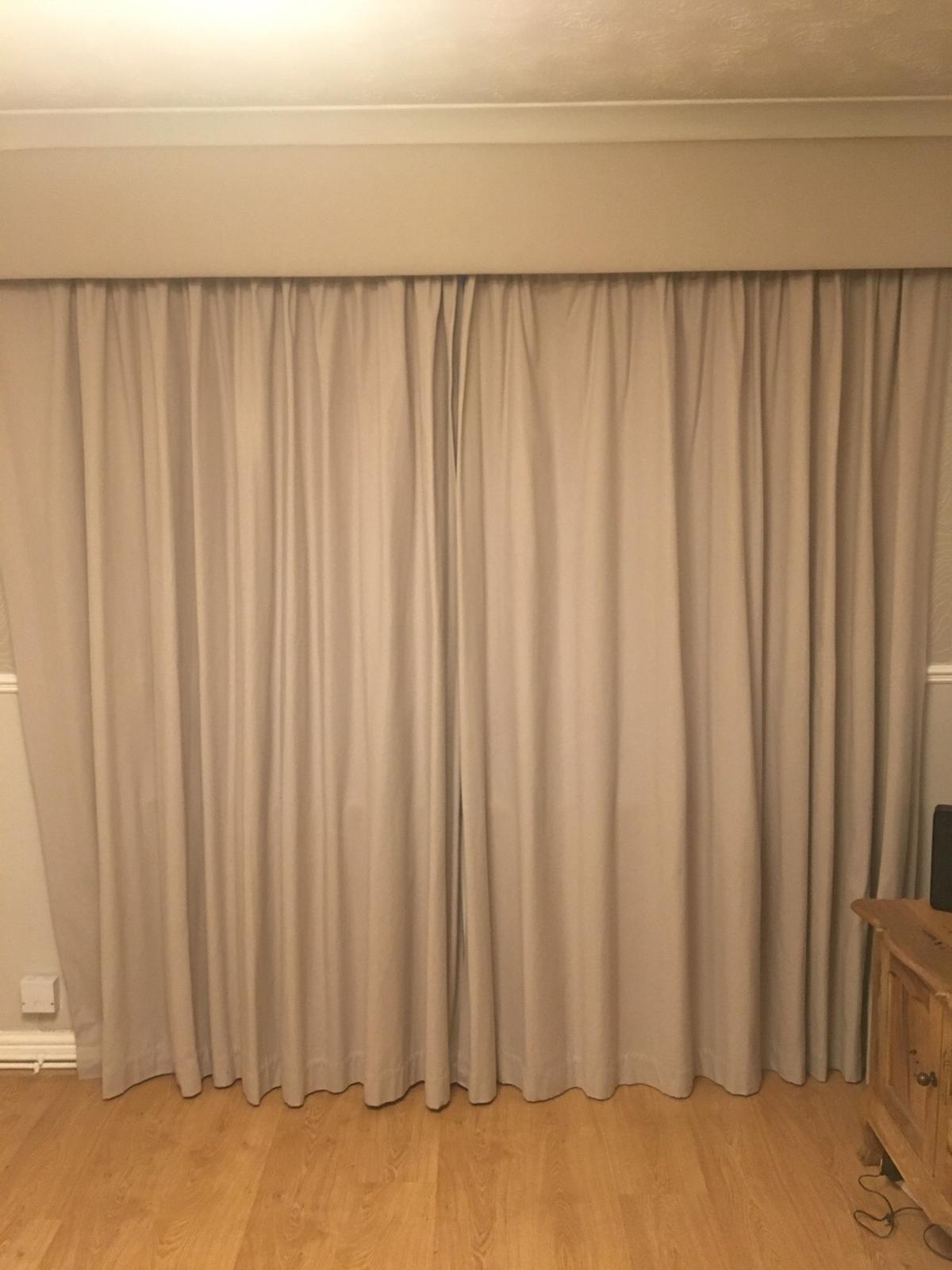 Laura Ashley Dove Grey Curtains Box Valance In Ol16 Rochdale For 160 00 For Sale Shpock