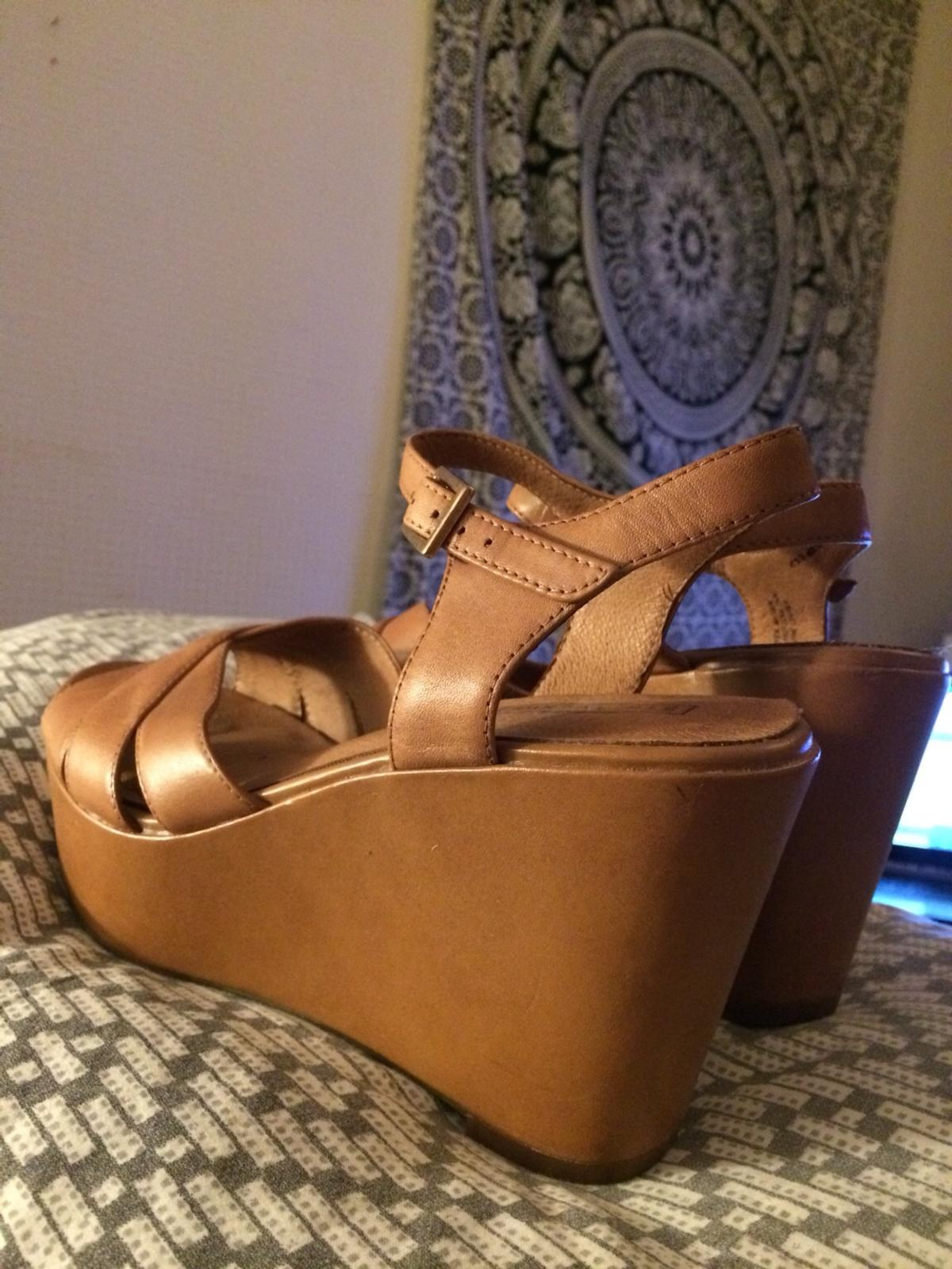 86f02133a45 5th Avenue Wedge Heel Tan Size 6 in E3 Hamlets for £10.00 for sale ...