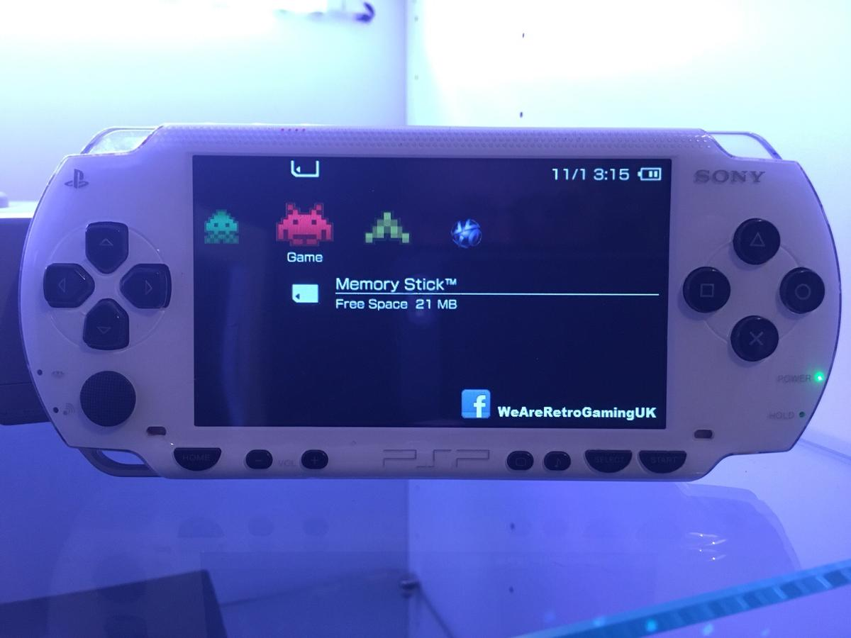 1GB CFW PSP PlayStation Portable in TW4 Hounslow for £40 00