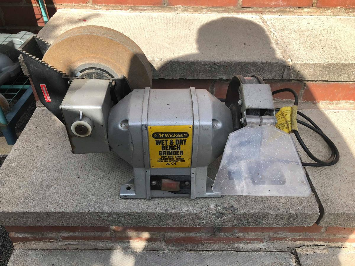Admirable Wickes Wet And Dry Bench Grinder 370W Used Machost Co Dining Chair Design Ideas Machostcouk