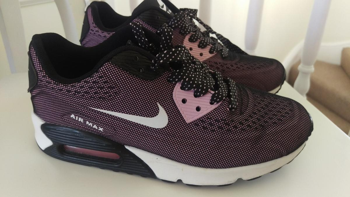 new product e83b7 d75e2 Nike Air Max Ladies trainers.size 5 in CF39 Tonypandy for £15.00 for sale -  Shpock