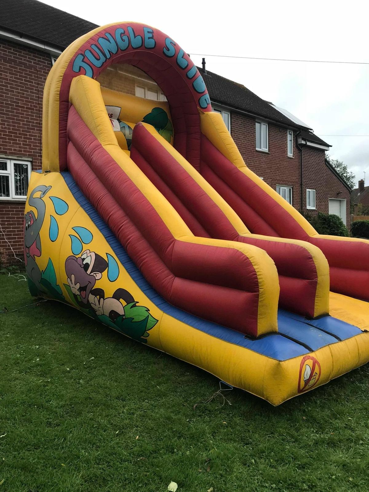 Bouncing Castle Items In Ws10 Walsall For 350 00 For Sale Shpock