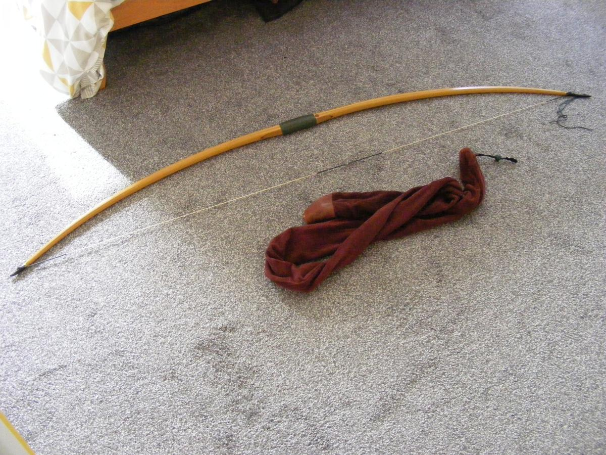 Laminated English Longbow in EX18 Devon for £125 00 for sale